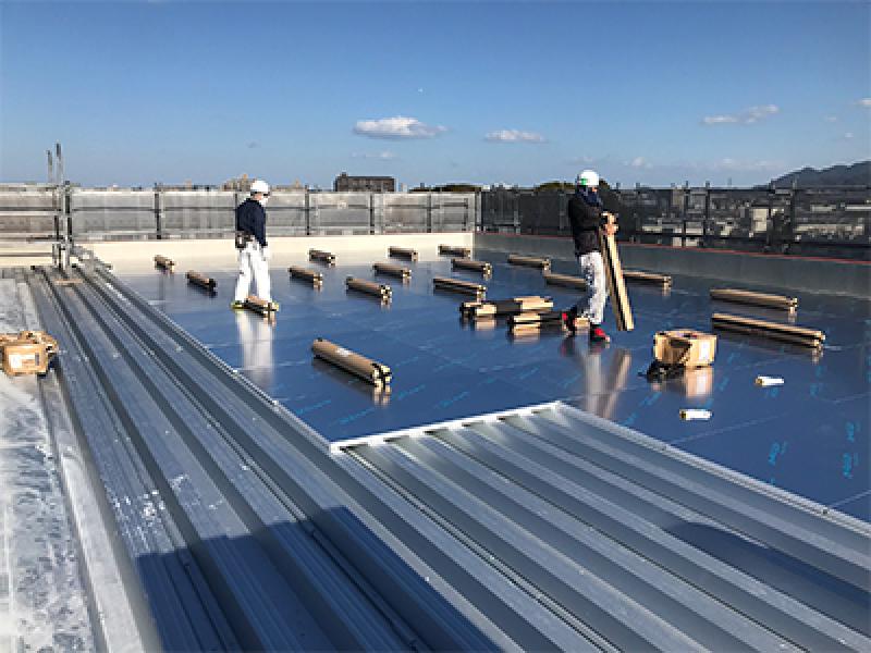 建築物屋根の遮熱断熱材として利用